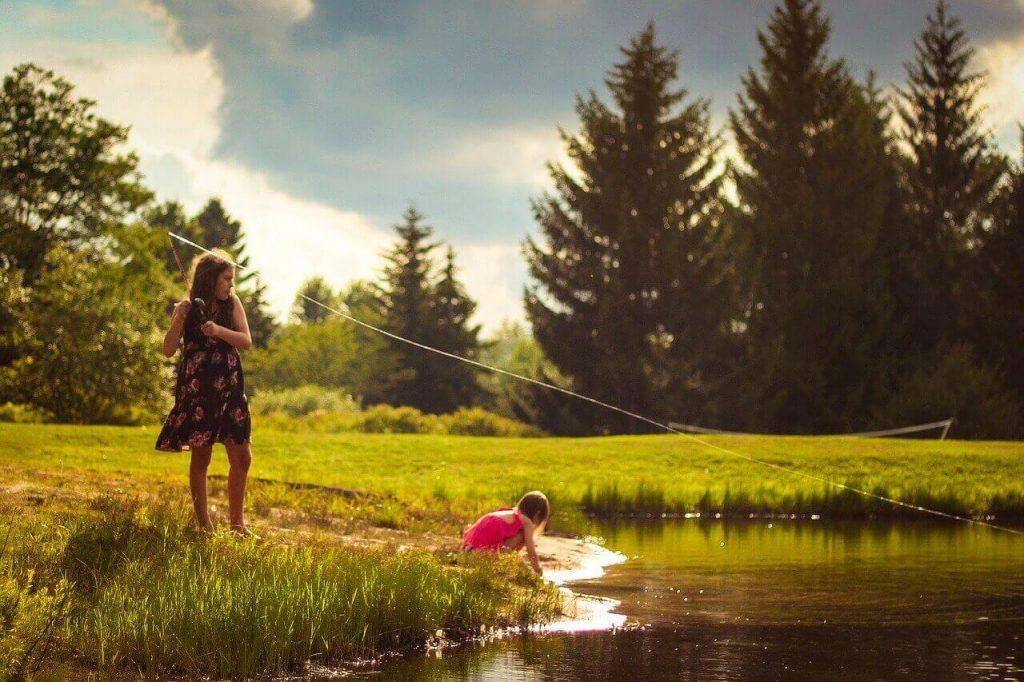 girls fishing-weekend